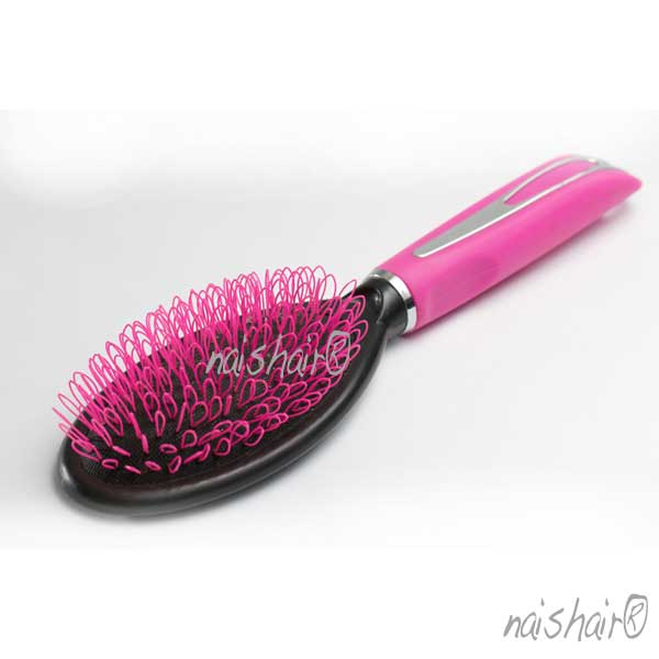 hair-extensions-brush